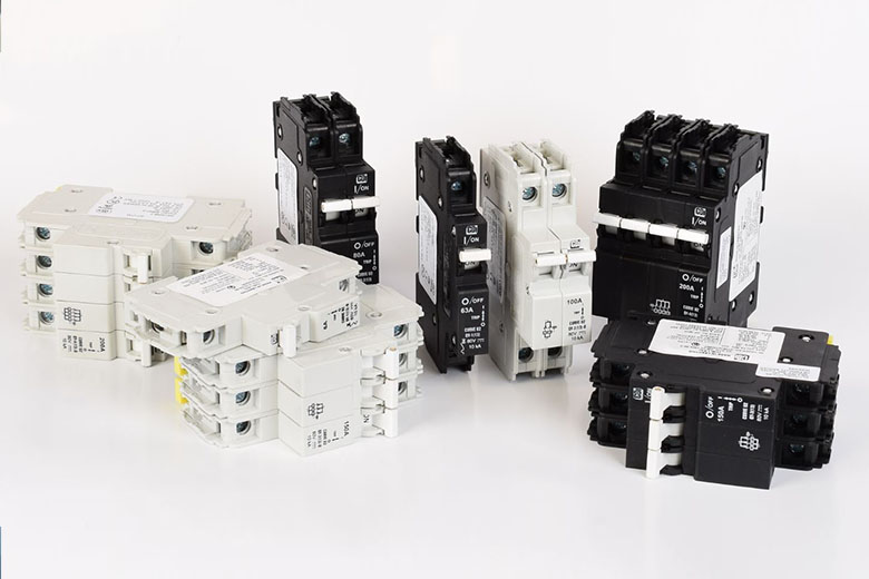 6 qy circuit breakers